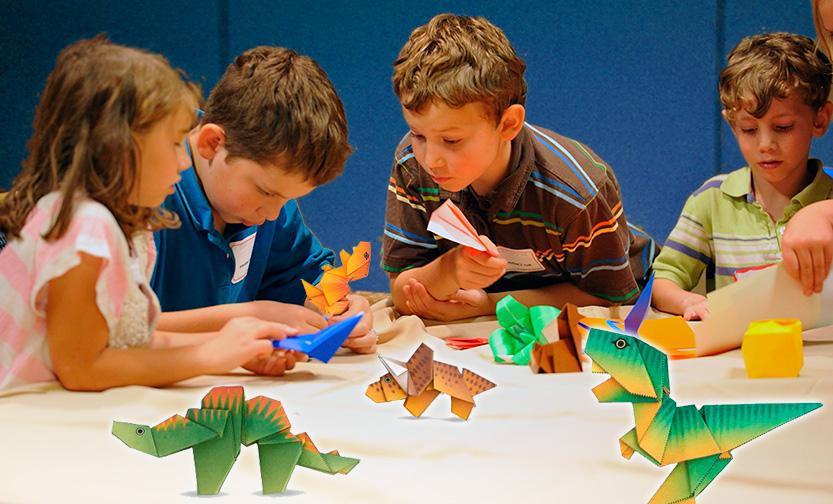 juego con dados tyrannosaurus origami de papel